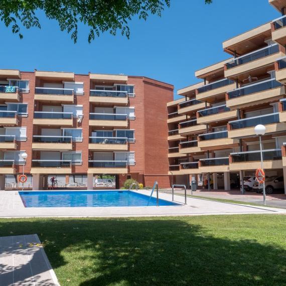 Apartaments Voralmar Mas d'en Gran building