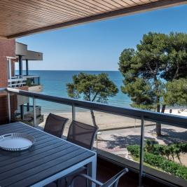 Terrace with sea views in Cambrils