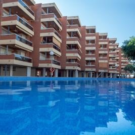 Voralmar Apartments outdoor pool