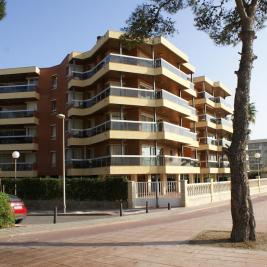 Building of Apartaments Voralmar Mas d'en Gran